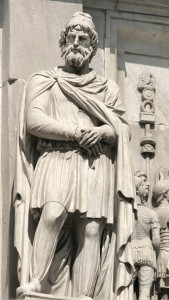 Respected Dacian man statue on the Arch of Constantine in Rome